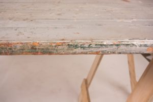 silver painted trestle table edge