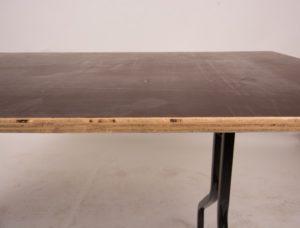 Form ply folding table edge